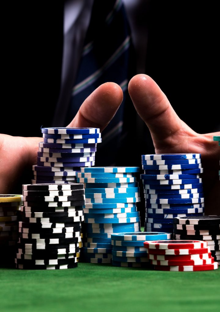 Bandarq: A poker to bet on.
